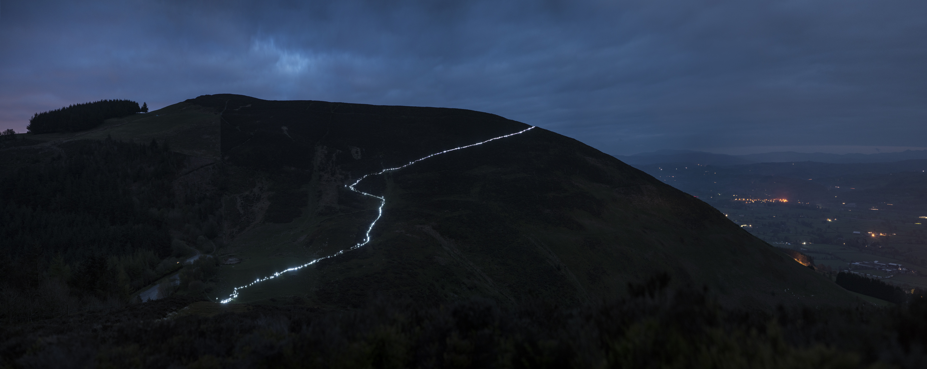 Terrain No. 4 | David Ogle, 2017 | LED keyring torches | landscape installation (photograph) | part of Loomings: produced by: Mark Devereux Projects | image: Andrew Brooks